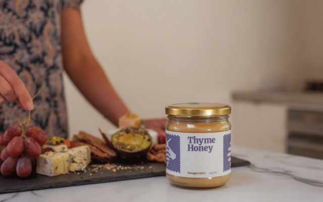Forage & Gold Thyme Honey.  Join us on an exclusive honey experience on the Crafted Journeys Central Otago Tour